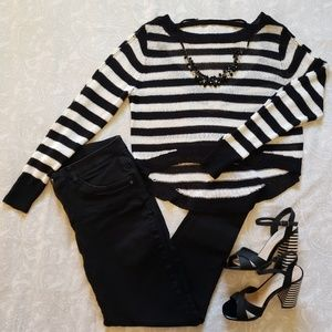 NWOT Bisou Bisou Knit Striped Sweater